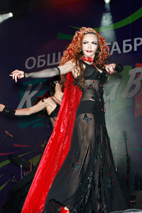 Впечатляващо присъствие и незабравими мигове изживяха гостите с танцьорите на Арт Академи по време на фестивала на хумора в Габрово, който се проведе на 15 и 16 май.