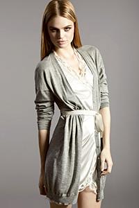 Toп манекенката Блага Митева избра Blumarine за есен-зима 2011-2012
