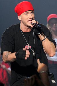 Албумът на Еминем най-продаван в САЩ през 2010