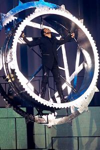 """Сцена с височината на 5-етажна сграда издигат в зала 1 на НДК за супер-шоуто на Филип Киркоров """"ДРУGOY"""""""