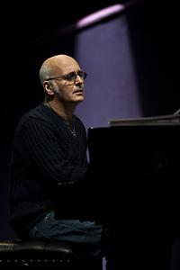 Световноизвестният пианист Людовико Ейнауди с концерт в София