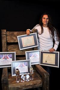 Българинът Неди Джон Крос с редица международни музикални отличия за 2013