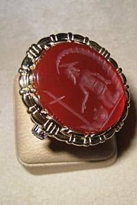 Копие на пръстена на руския цар Петър I се продаде в България
