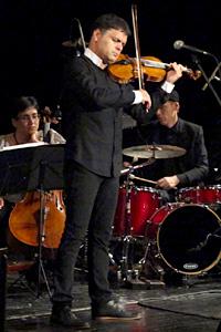 Васко Василев взриви русенската публика с невероятното си изпълнение