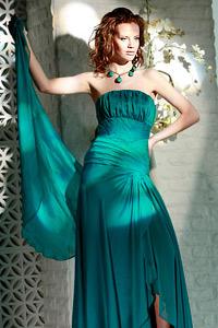 Capriccio е новата колекция рокли на дизайнер Поля Миланова за МОН АМУР