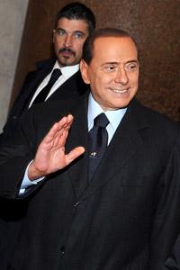 Берлускони издава нов албум с любовни песни