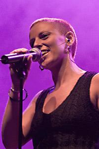 Nescafe Frappe дава шанс на още 15 късметлии да бъдат специални гости на  концерта на Чамбао