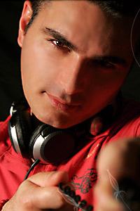 David Vendetta feat. Akram – Unidos Para La Musica