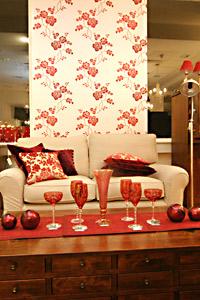 Изисканата британска марка за обзавеждане и декорация на дома Laura Ashley стъпи официално на българския пазар