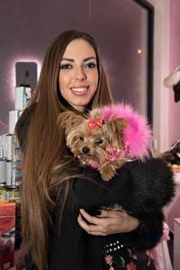 Николета Лозанова  откри луксозен бутик за домашни любимци