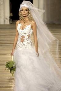 """""""ГАЛИНЕЛ"""" представя булчинските рокли от """"Циганска сватба"""""""