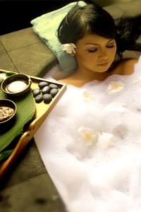 Горещата вана прогонва самотата
