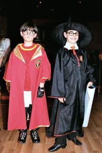 От днес Harry Potter and the Half-Blood Prince в магазините!