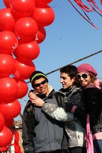 М-Тел  украси Моста на влюбените за Св. Валентин