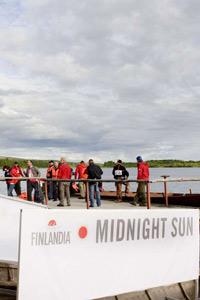 Орлин Павлов участва в традиционното парти под лъчите на незалязващото слънце на Финландия