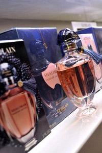 Фактори, които трябва да вземем предвид преди закупуването на парфюм