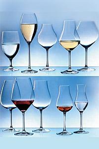 """За първи път у нас  """"слепи"""" дегустации с черни чаши за вино по време на националния конкурс  """"СОМЕЛИЕР НА БЪЛГАРИЯ 2007"""""""