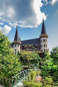 """Българският Замък води в престижната международна класация """"Най-добри световни дестинации"""""""